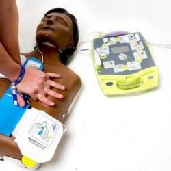 resuscitare defribrilator pagina de nursing